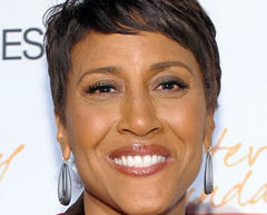 "Anchor Robin Roberts reveals she is gay in thank-you note to ""Good Morning America"" fans"
